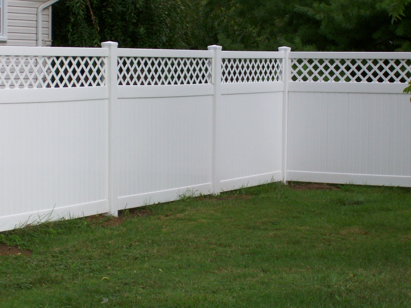 Pvc And Vinyl Fencing
